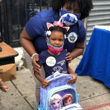 Rep. McClinton distributes free school supplies to families in Philadelphia.