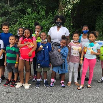 McClinton distributes free school supplies to families at Darby Recreation Center