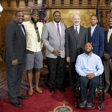 Governor Tom Wolf joins Rep. Ed Gainey in welcoming members from the Pittsburgh chapter of the BMe Community to Harrisburg. The BMe Community is a real-world social network for building more caring and prosperous communities.